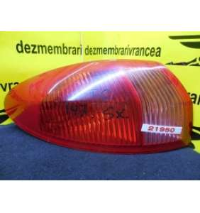 Lampa Stanga Alfa Romeo 147 1.9 JTD An 2005